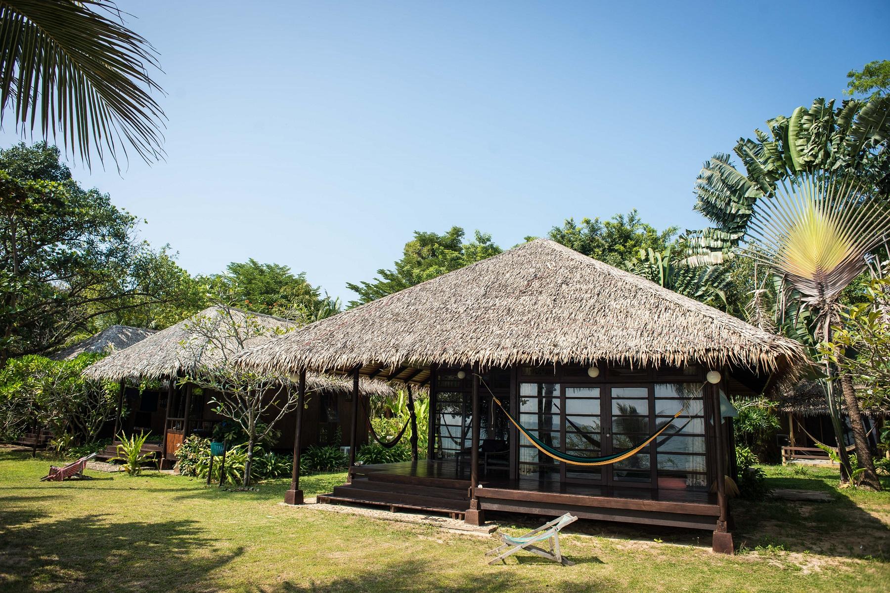 Monkey-island-resort-koh-mak
